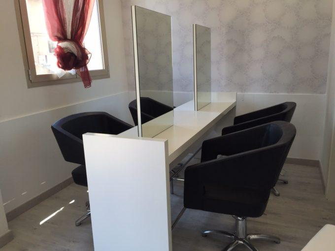 Tavolo Da Lavoro Per Estetista : Parrucchieri tavolo da lavoro in venditaimg wa